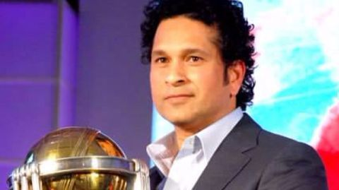Tendulkar sought Defence Minister's help to rescue alleged illegal property