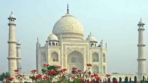 Supreme Court criticizes Center for 'lethargy' in protecting Taj Mahal