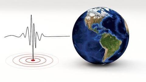 Strong 6.2-magnitude quake hits eastern Indonesia, no tsunami warning issued