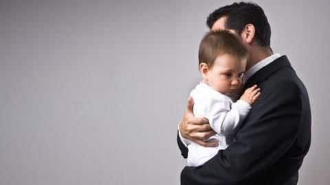 India among countries having no paid-paternity-leave for new fathers: UNICEF
