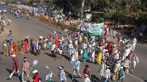 18 crore workers join Bharat Bandh