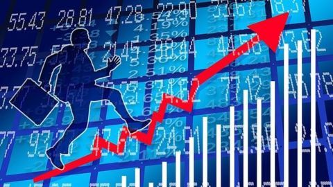 India's service sector touching new highs