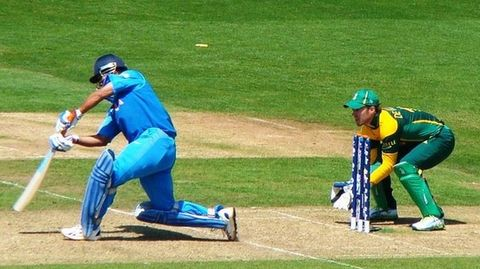 Row over MS Dhoni's captaincy