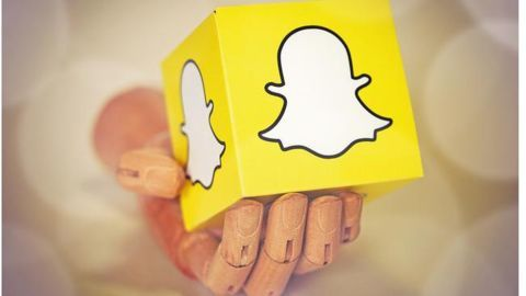 Tech industry abuzz with Snapchat's rumoured IPO