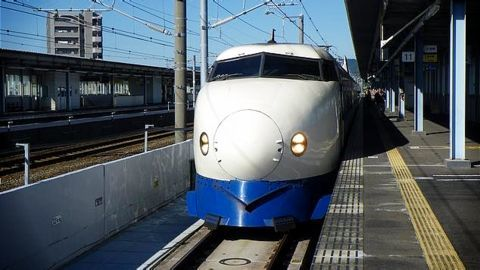 Tariff for bullet trains to be less than airfare