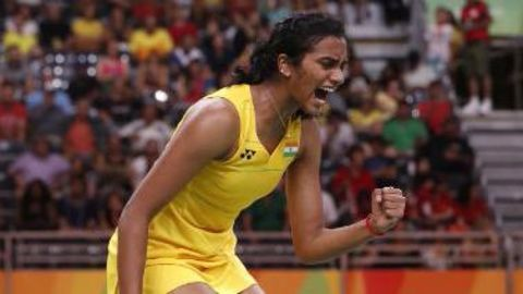 Sindhu struggles, but reaches quarterfinals of China Open