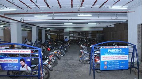 Two-wheelers' sales dip after demonetization