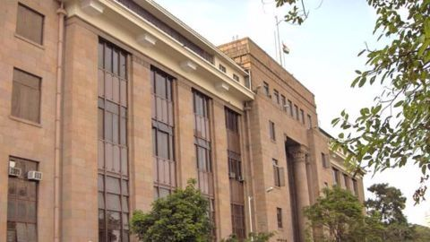 RBI directs banks to maintain 100% CRR