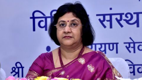 Centre approves SBI's proposal for merging 5 associates