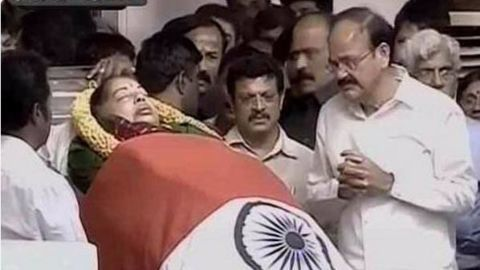 Jayalalithaa to be laid to rest