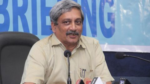 Parrikar slams Mamata for comments on Army