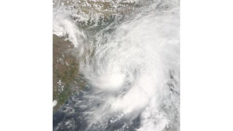 Cyclone Vardah in Chennai