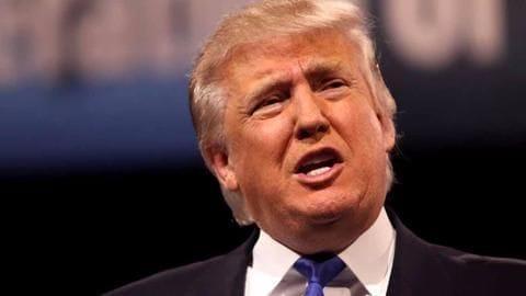 Trump praises Putin for not retaliating on diplomats' expulsion
