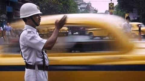 Kolkata Police offers discounts upto 65% for unpaid traffic fines