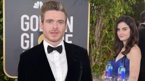 Girl photobombs every red-carpet pic at Golden Globes, steals attention