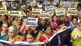 Sabarimala row: Protests against Supreme Court verdict continue in South