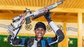 #ISSFChampionship: 17-year-old Hriday claims glittering gold in junior 10m air-rifle