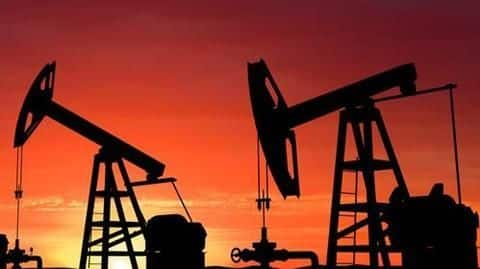 Saudi Arabia to cut oil exports by 10% in January