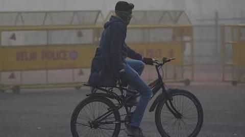 Delhi's air quality worsens again, turns 'severe'