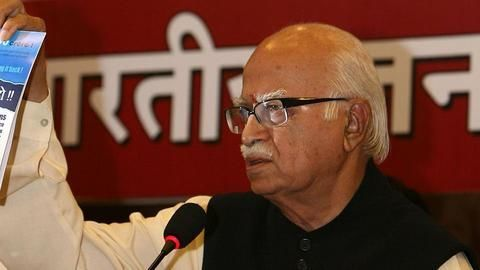 Babri Masjid: SC reinstates conspiracy charges against Advani, others