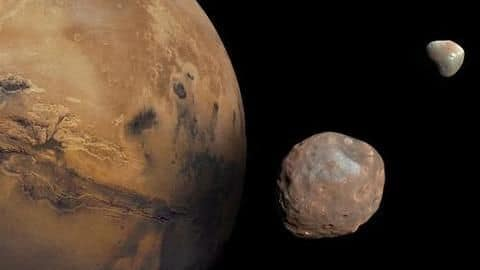 Mars Orbiter Mission captures image of Mars biggest moon Phobos #119009