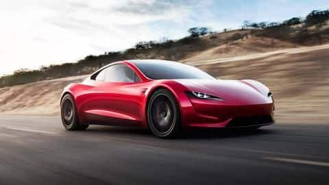 Now, Elon Musk claims Tesla Roadster will fly (literally)