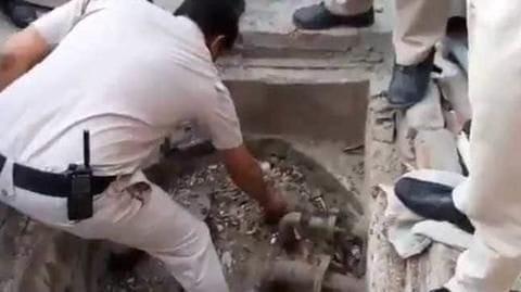 Delhi: 2,500 liter diesel found in school's basement
