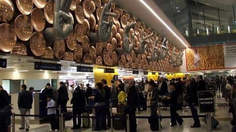 Four, including cricketer, arrested for smuggling gold at Delhi airport