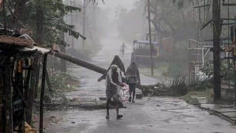 CycloneAmphan: 72 dead in Bengal; Rs.  2.5L compensation announced
