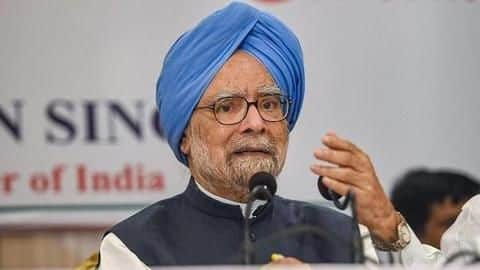 Manmohan Singh says Congress not against Savarkar, only 'Hindutva ideology'