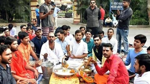 BHU students protesting for two weeks over Muslim Sanskrit Professor