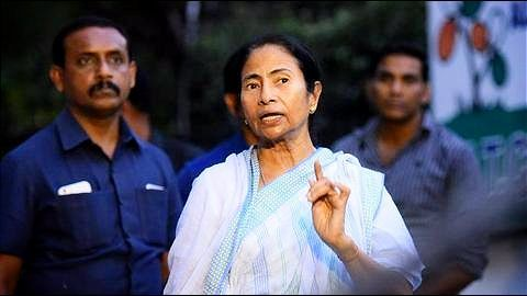 Mamata Banerjee opposes Aadhaar-Mobile number linking