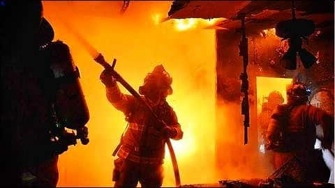 J&K: Seven injured in shopping complex fire