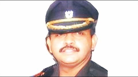 No restrictions if his suspension is revoked: Army sources