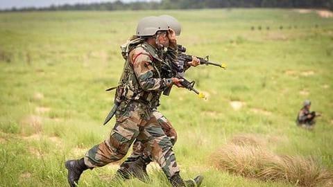 J&K: 5 CRPF soldiers killed, 2 injured in terrorist attack