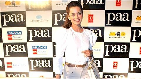 Kangana's Simran- Writer claims actress snatched his hard work