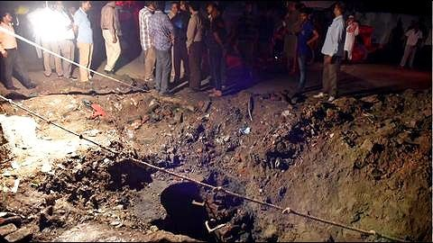 Sewer Deaths: Three laborers die cleaning sewer in Noida