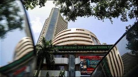 Expensive Indian stocks despite global market losses