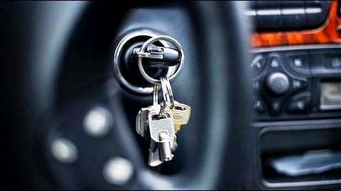 Insurer to pay theft claim for unlocked vehicle