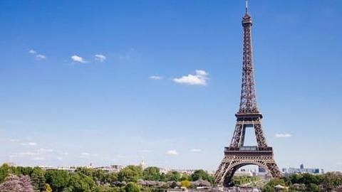 Eiffel Tower to be protected by a glass wall