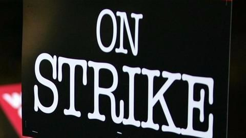 Talks between truckers and insurance regulators fail, strike could escalate
