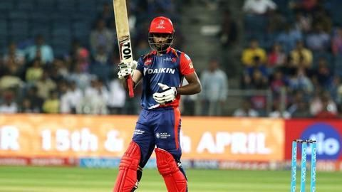 Samson scores another fifty to take DD to 160