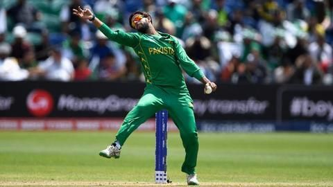 Imad displaces Tahir to become the number one T20 bowler