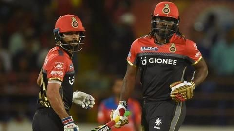Gayle storm hits GL bowlers