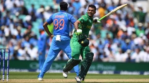 Champions Trophy- Pakistan score 338 runs in first innings