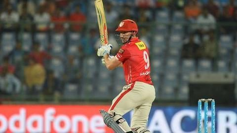 IPL 10: KXIP vs SRH - Updates!