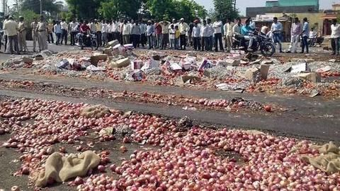 Farmers' strike pushes up vegetable prices in Mumbai
