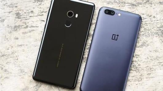Smartphone radiation report: Xiaomi, OnePlus in tough spot