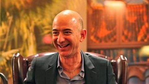 Amazon-founder Jeff Bezos joins the space race