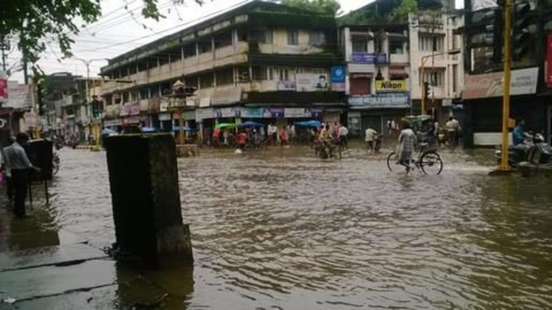 Gujarat flood death toll reaches 83, Rs. 500cr relief announced